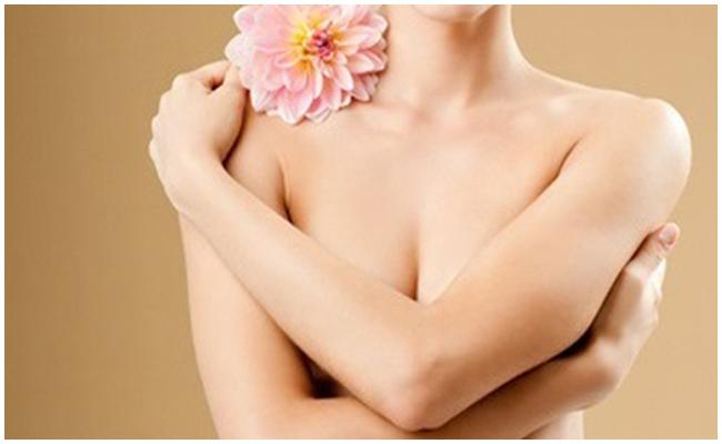 Nâng ngực bao lâu thì được tắm