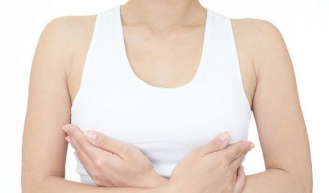 Nâng ngực bằng silicon