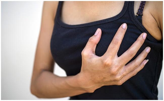 Nâng ngực nội soi có nguy hiểm không