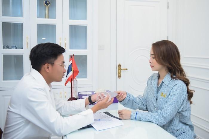 Diễn viên Quỳnh Nga sử dụng dịch vụ của VTM Siam Thailand để quay trở lại showbiz với một diện mạo tươi đẹp khiến nhiều người ngỡ ngàng